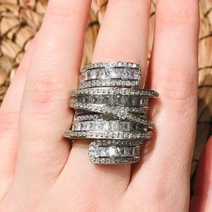 Jewelry - 🔥 Gorgeous Sterling silver ring
